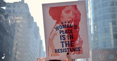 Frauen tweeten Fotos ihrer Unterwäsche als Zeichen gegen Sexismus