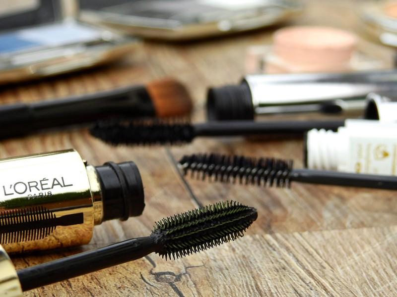 Kosmetikprodukte können ziemlich ins Geld gehen.