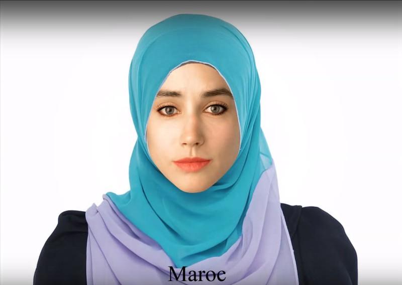 Vom marokkanischen Photoshop-Künstler bekam die junge Frau ein Kopftuch und betonte Augen.