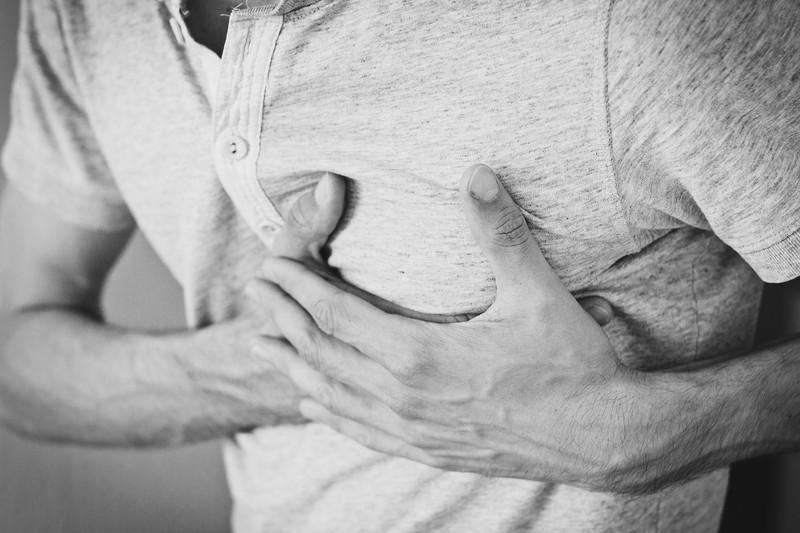 Experten berichten: Periodenschmerzen sind so schlimm wie...