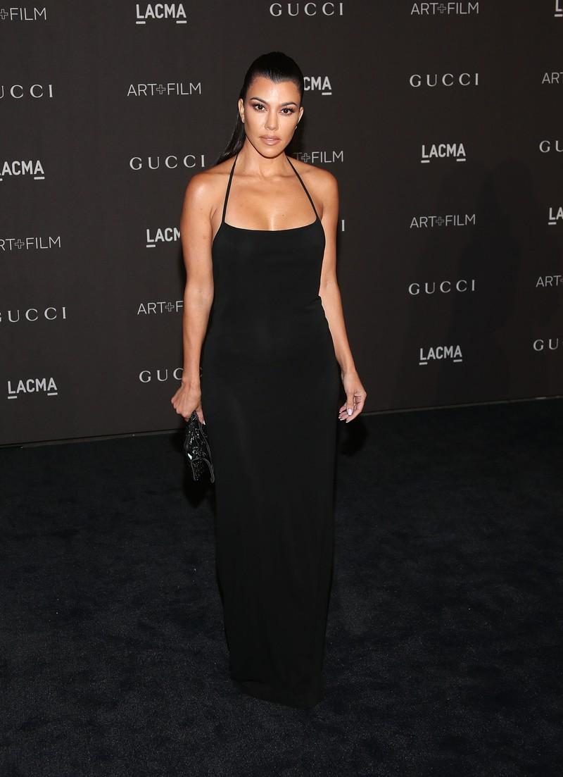 Kourtney Kardashian scheint die natürlichste ihrer Schwestern zu sein.