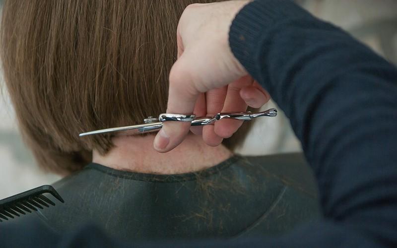 Schlimmste Frisur aller Zeiten? Hier vermasselte der Friseur alles
