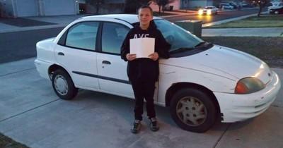 Sohn will seiner Mama ein Auto schenken – und startet süßeste Tauschaktion