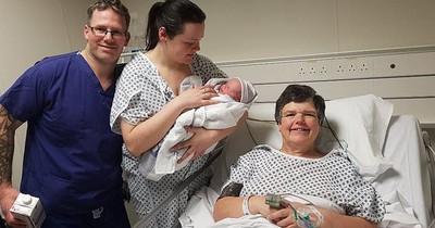 Sie bringt ihr eigenes Enkelkind zur Welt, um ihrer Tochter den größten Wunsch zu erfüllen