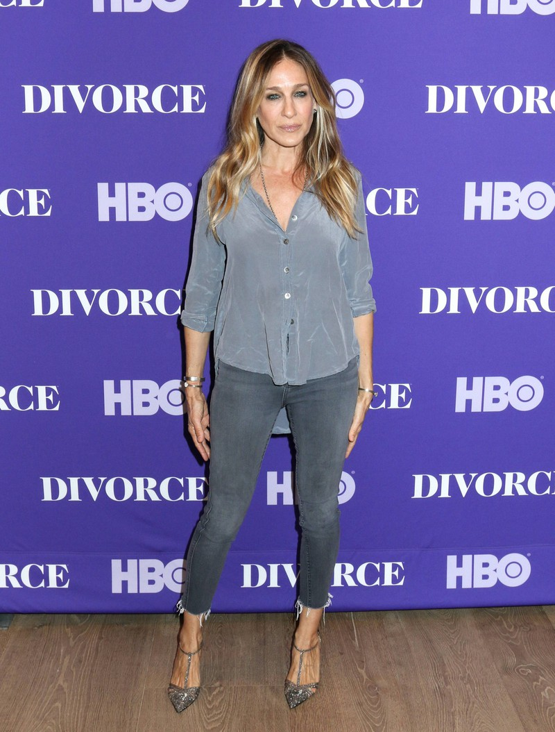 """Eine """"Skinny Jeans"""" sitzt bei den meisten Frau, egal welche """"Problemzone"""" sie haben, perfekt."""