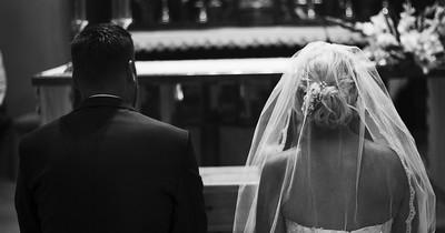 Frau rächt sich auf der Hochzeit an betrügendem Ehemann