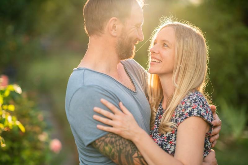 Gelegentlich sollte man Augenkontakt halten, um seinem Partner sein Innerstes zu offenbaren