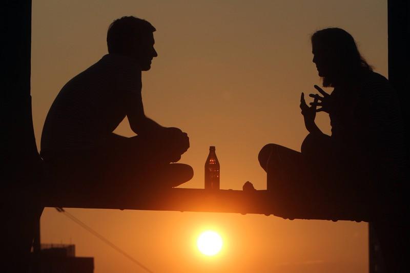 In einer Beziehung ist die Kommunikation sehr wichtig, sobald sie stimmt wird die Beziehung besser