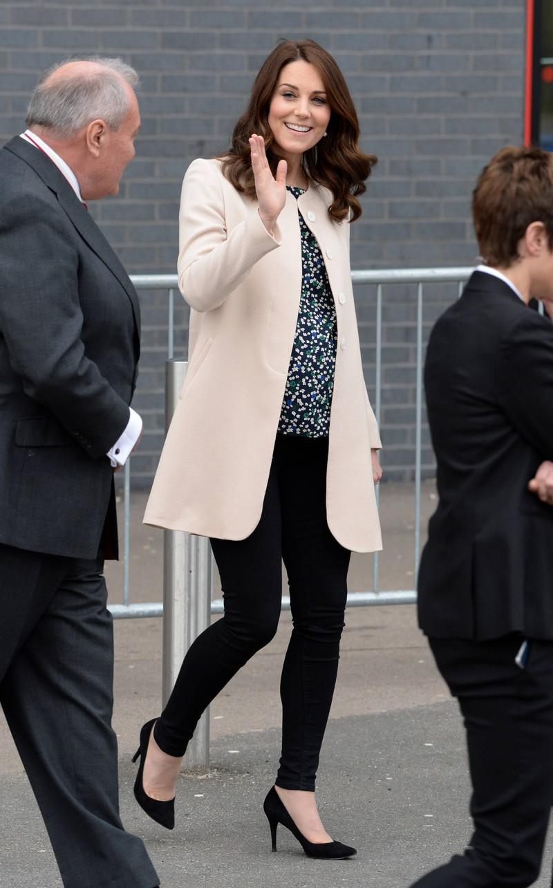 In der Schwangerschaft mit Prinz Louis zeigte sich Kate cool und classy