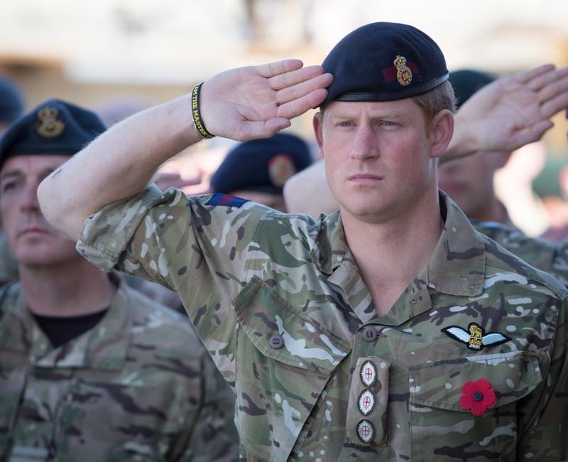 Vor dem Rücktritt von Prinz Harry diente er in der britischen Armee in Afghanistan