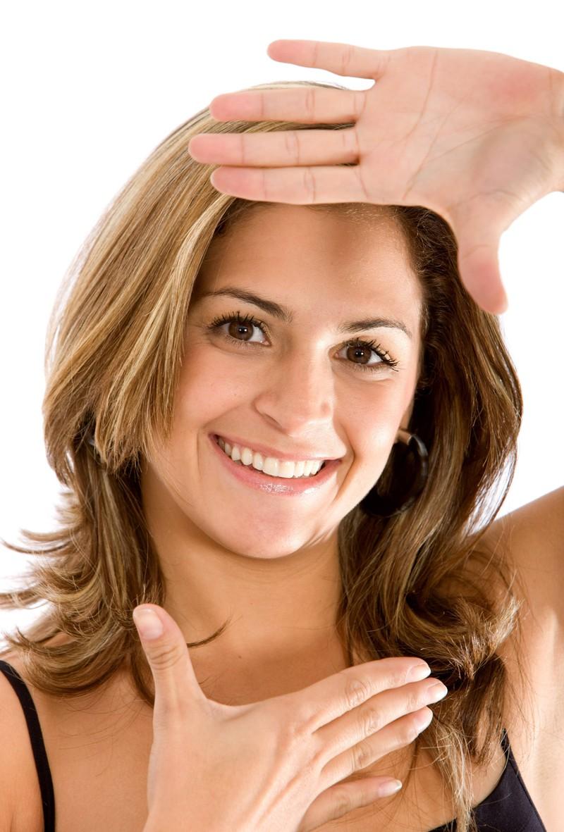 Beim runden Gesicht muss man beim Framing die Schattierungen anpassen