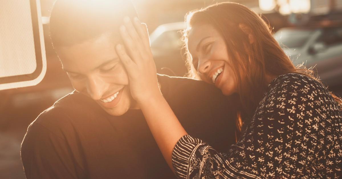 4 Anzeichen im Gesicht verraten, ob du eine glückliche Beziehung hast