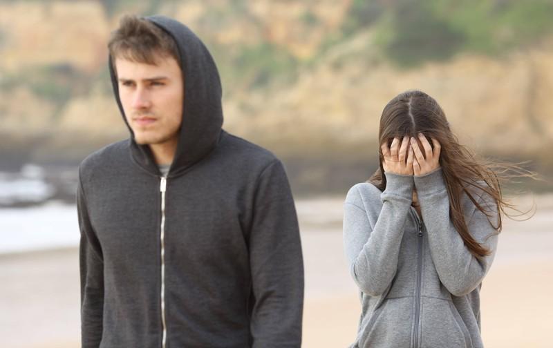 Die Fische-Frau ist sehr empfindsam und glaubt ihrem Partner fast alles, wodurch sie oft in der Liebe enttäuscht wird.