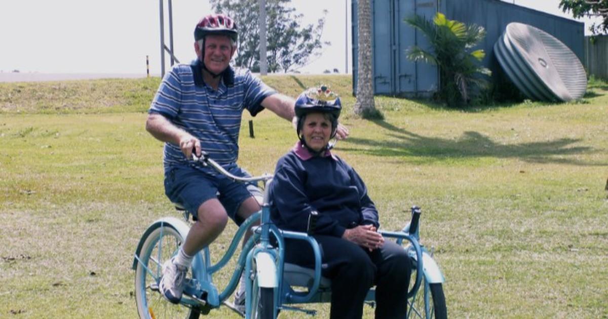 Rührende Aktion: Für seine Ehefrau mit Alzheimer baut er ein Fahrrad