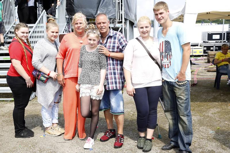 Das Foto illustriert die Familie Wollny, die schon mehrere Staffeln eine Sendung hat