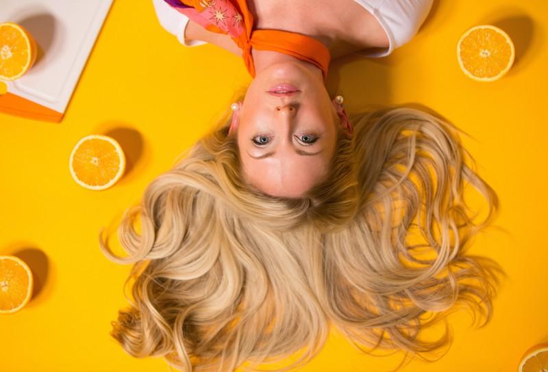 Ein weiterer Tipp ist das Verwenden einer Haarkur.