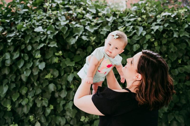 Mütter haben im Durchschnitt eine Arbeitswoche von 100 Stunden.