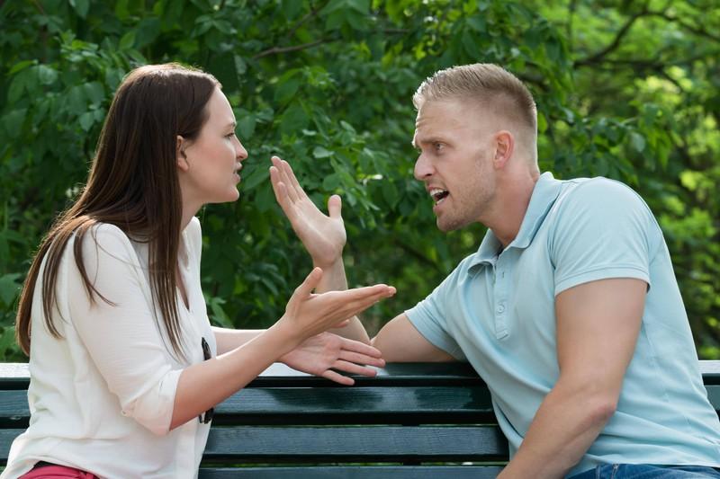 Wenn Eheleute sich streiten, gibt es nach Gottman einige Regeln zu beachten