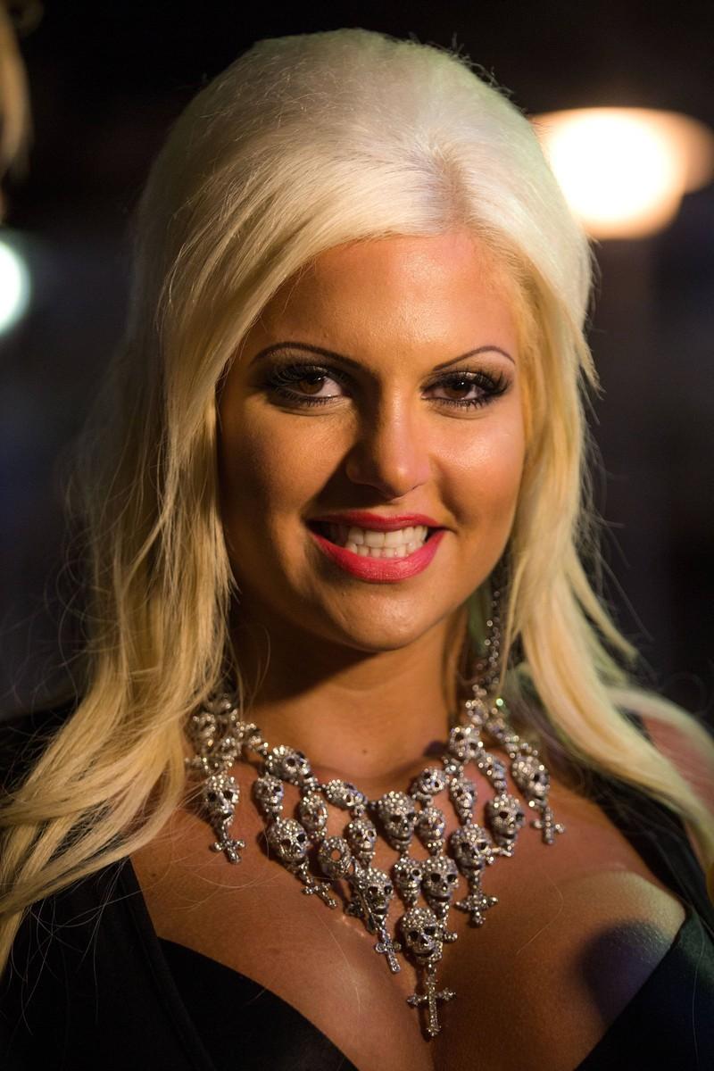 Sophia Vegas hat zahlreiche Beauty-OPs hinter sich.