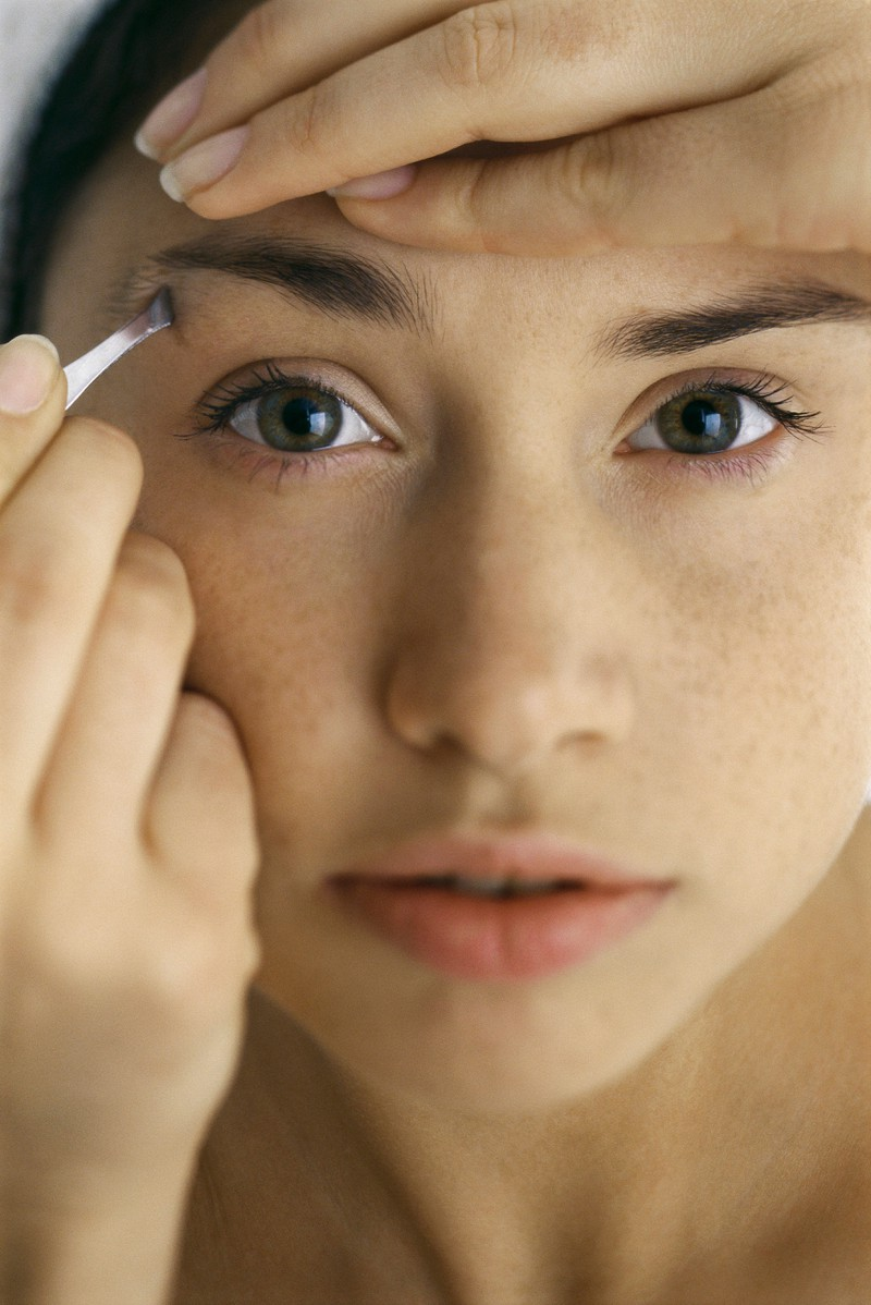 Augenbrauen Zupfen Ohne Schmerzen