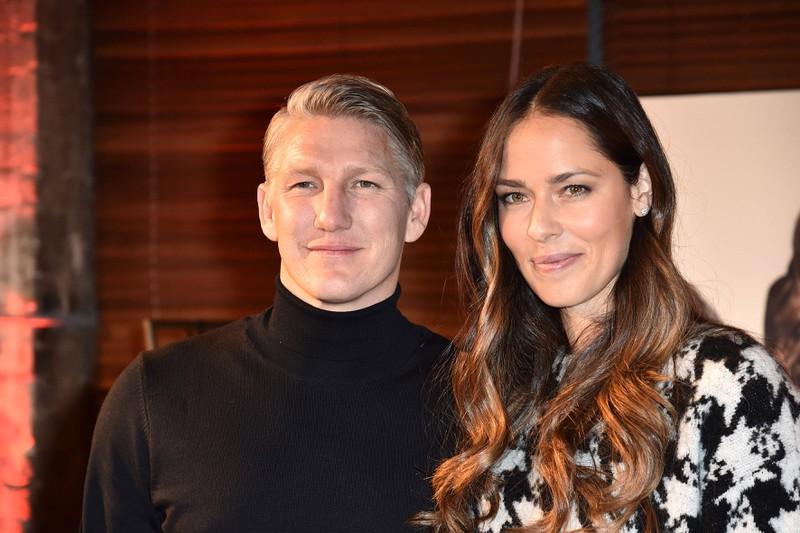Seit 2016 ist Bastian Schweinsteiger mit der erfolgreichen Tennisspielerin Ana Ivanovic verheiratet