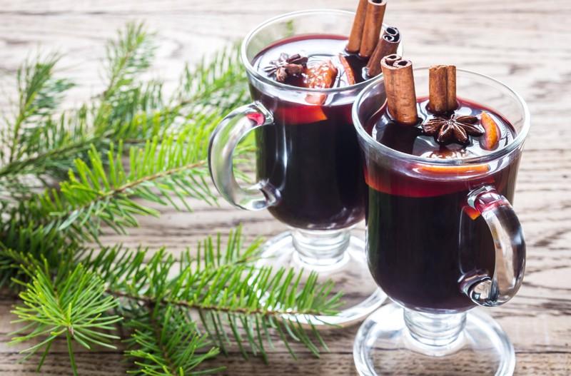 Der Adventspunsch verleiht nicht nur einen tollen Geruch, sondern schmeckt auch total lecker!